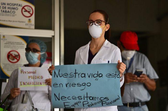 Personal del Hospital Escuela exige pago de salario y equipo de bioseguridad
