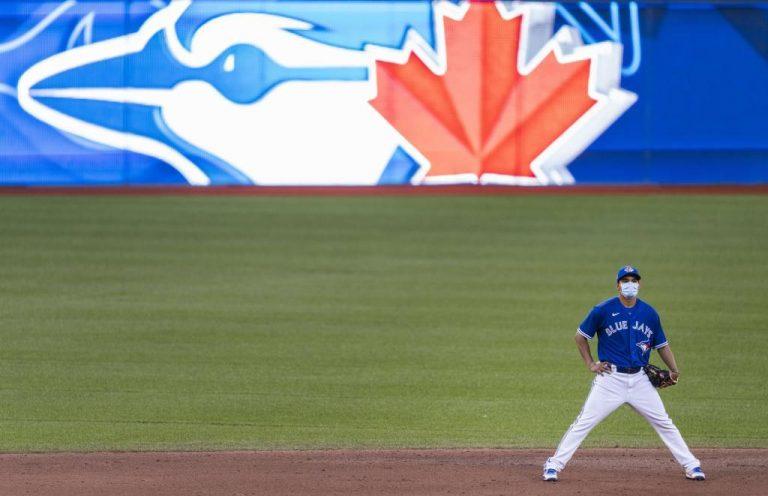 Gobierno canadiense prohíbe a los Blue Jays jugar en Toronto