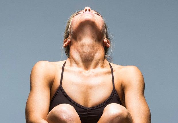 Ejercicios fáciles para alargar el cuello y lucir más estilizada