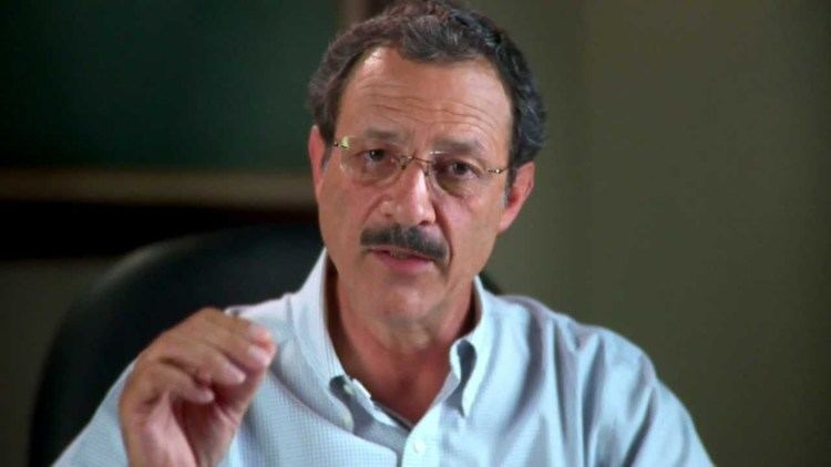 Mauricio Villeda, en recuperación tras dar positivo a COVID-19