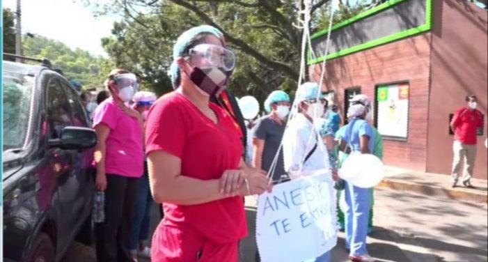 Hospital Escuela y gremio médico rinde homenaje al urólogo Rubén Casanova