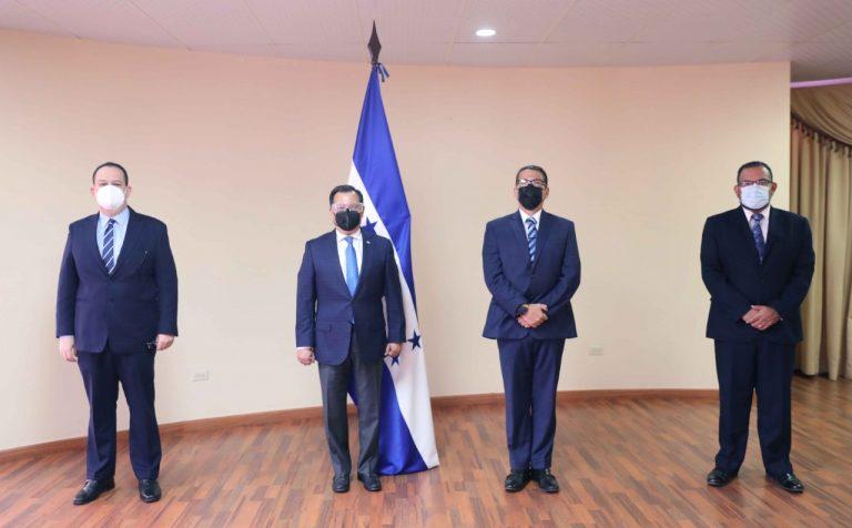 Gobierno nombra Junta Interventora en INVEST-H; asumen por 180 días
