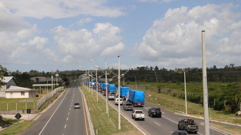 Llegan primeros 16 contenedores de hospital móvil a Tegucigalpa