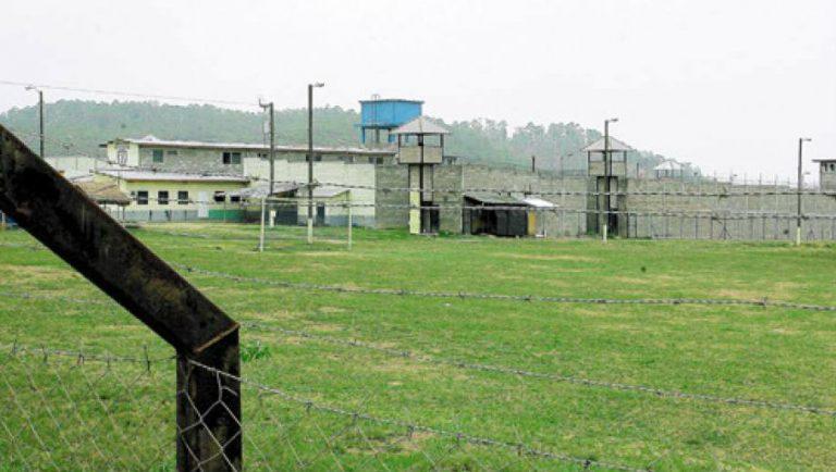 COVID-19: 34 reos dan positivo a prueba rápida en cárcel de Gracias