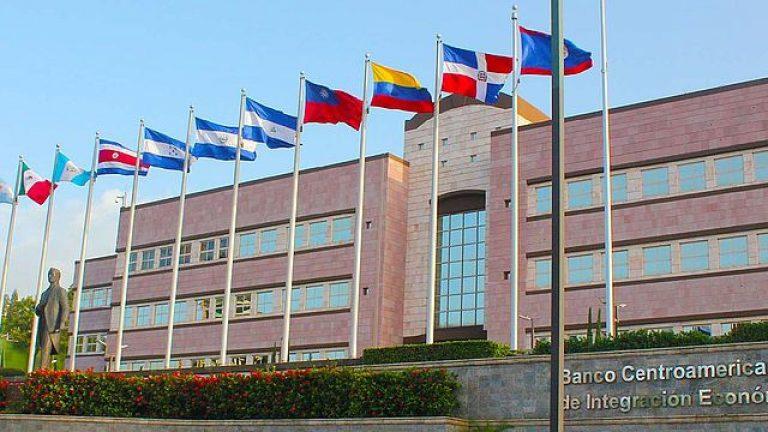 BCIE aprueba $250 millones para impulsar sostenibilidad eléctrica de Honduras