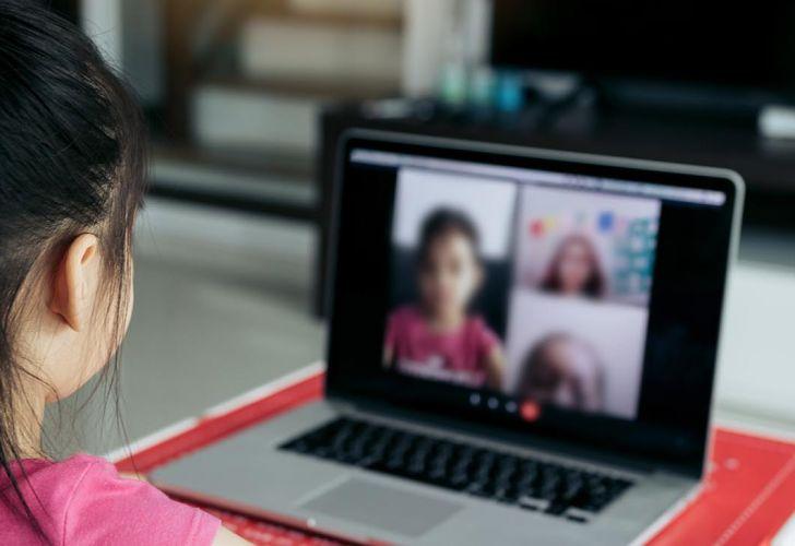 Educación: Más de 100 mil estudiantes podrán estudiar en aulas virtuales