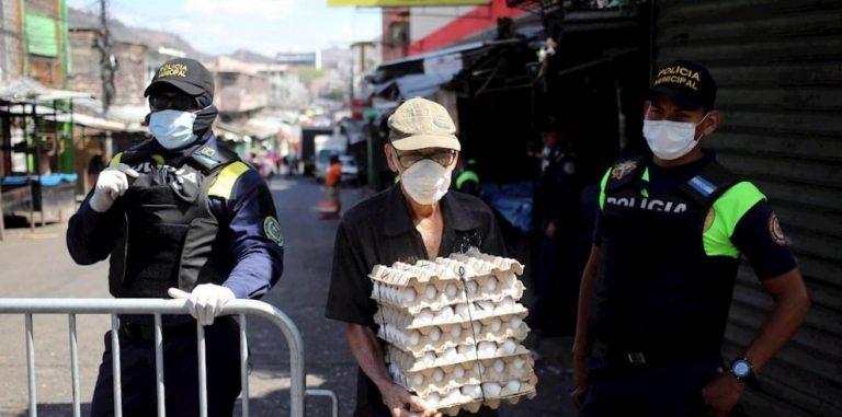 Ante crisis por la COVID-19, hondureños se acogen al mecanismo de alivio de deuda