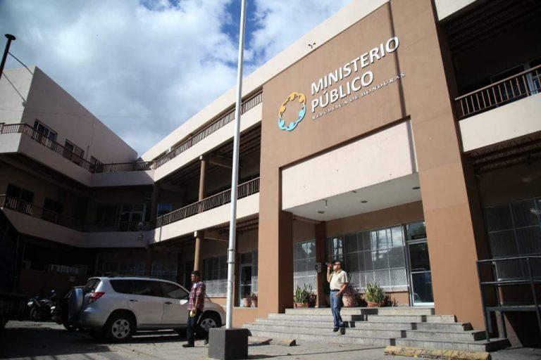Testigo protegida, parte de INVEST-H, declara sobre hospitales ante el MP