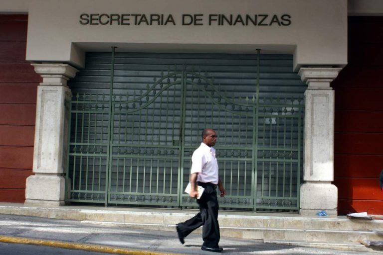 CN faculta a Finanzas para que reduzca el gasto de instituciones públicas