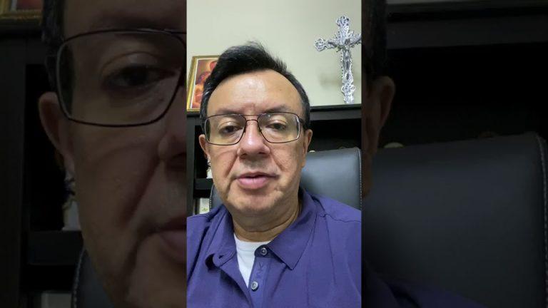 Padre Juan Ángel López da positivo a COVID-19 y pide orar por su salud