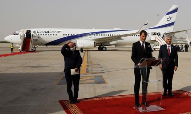 Primer vuelo comercial directo entre Israel y los Emiratos Árabes Unidos