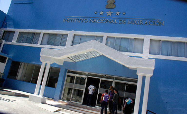 INM: Se puede abandonar el país, pero extranjeros aún no pueden ingresar
