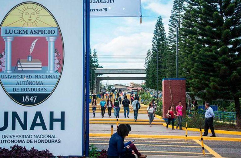 Más de 25 mil aspirantes fuera de la UNAH por falta de las PAA