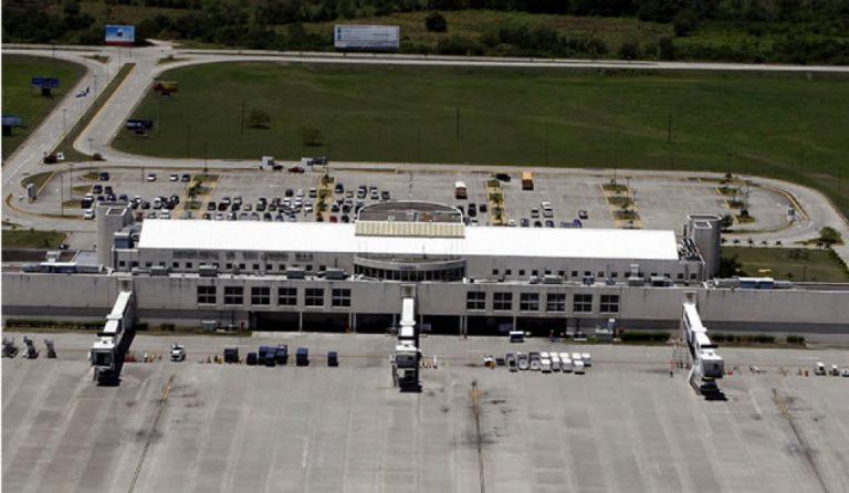 Más ineficiencia y corrupción si gobierno asume aeropuertos, advierte COHEP
