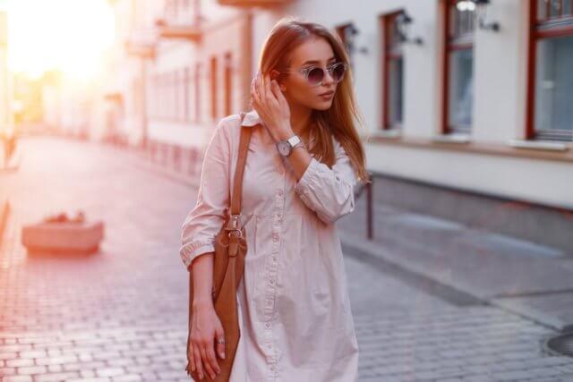Combina sencillez y estilo siguiendo estos prácticos tips de moda