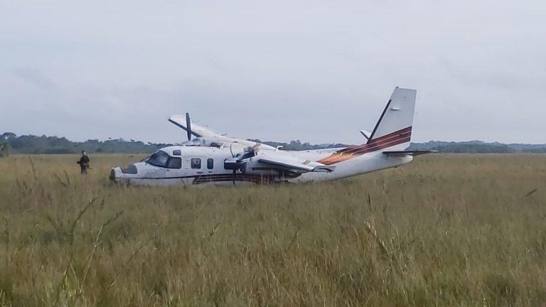 En Gracias a Dios, aterriza avioneta con supuesta droga y armas