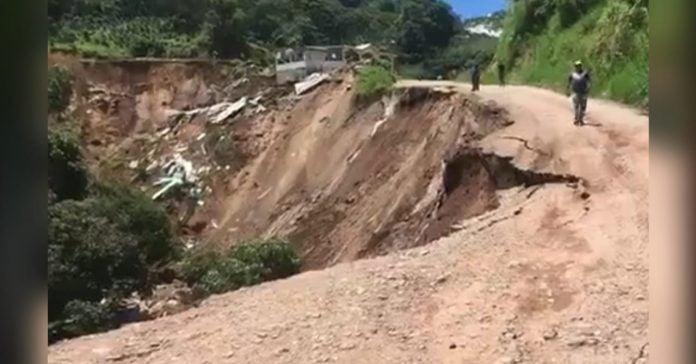 derrumbe en Las Lajas