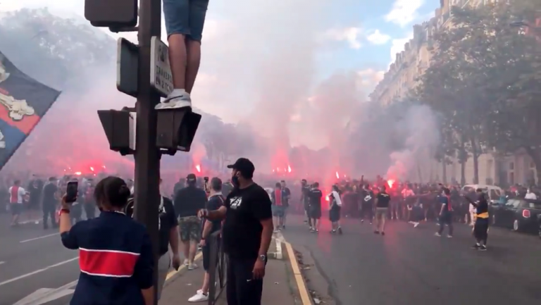 LAMENTABLE: Disturbios en París por derrota del PSG en Champions League