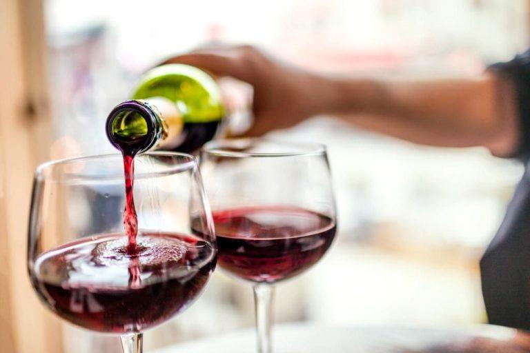Cifras del coronavirus| Antioxidante en el vino tinto mitigaría gravedad del COVID