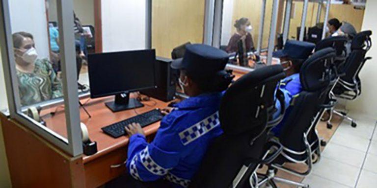 Tránsito reabre oficinas en SPS y TGU: ¿qué trámites están realizando?