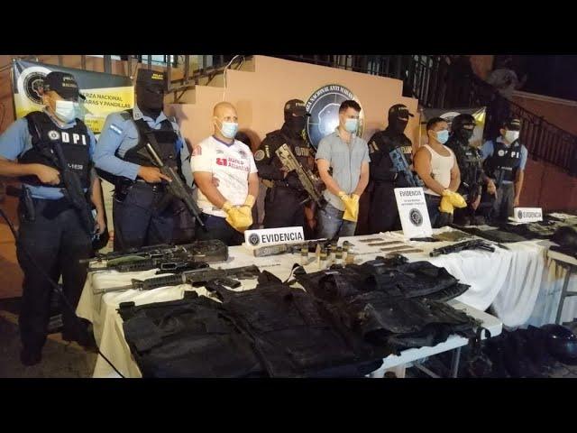 Con lanza granadas y fusiles caen sospechosos de masacre en Los Laureles