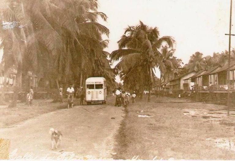 «La Teleñita», un autobús fabricado en Tela durante la década de los 40's