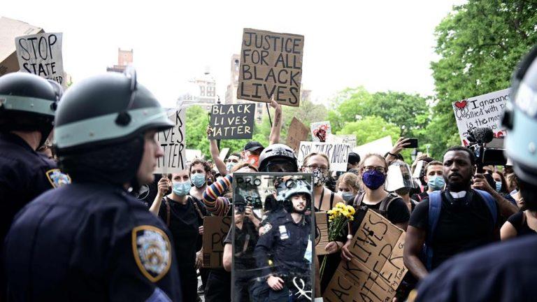 La violencia policial que desató la furia de la comunidad afroamericana