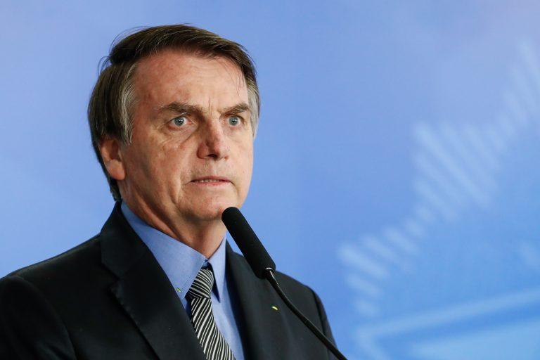 Le diagnostican cálculo renal a Bolsonaro: será sometido a cateterismo