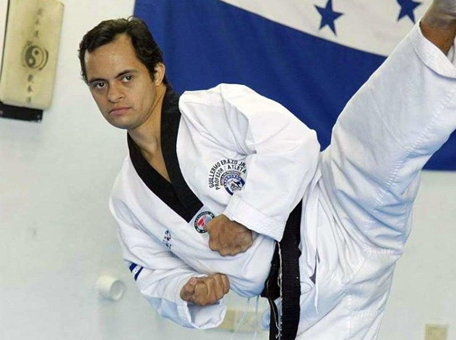 Guillermo ha participado en varias competencias internacionales de Taekwondo.