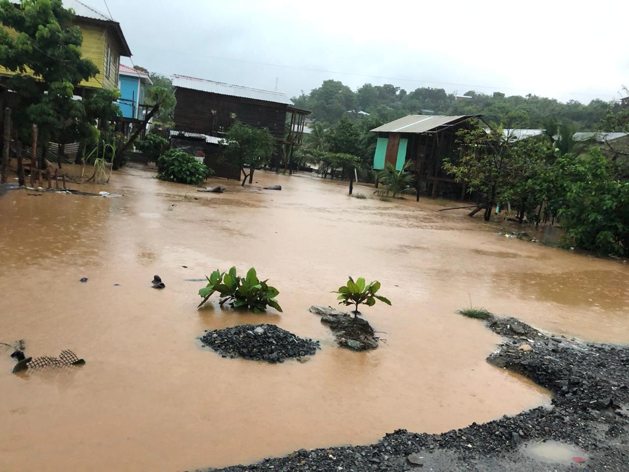 Inundaciones en José Santos Guardiola, Islas de la Bahía