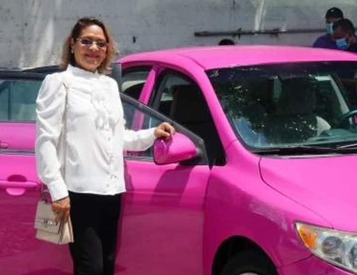 Taxis rosa proyecto innovador