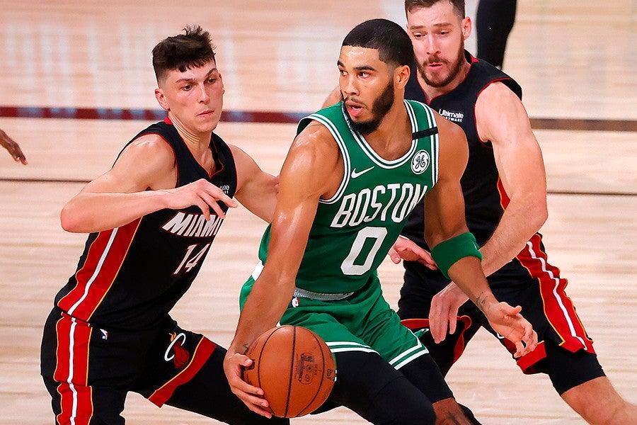 FINALES NBA: Los Celtics sobreviven gracias a un Tatum de récord