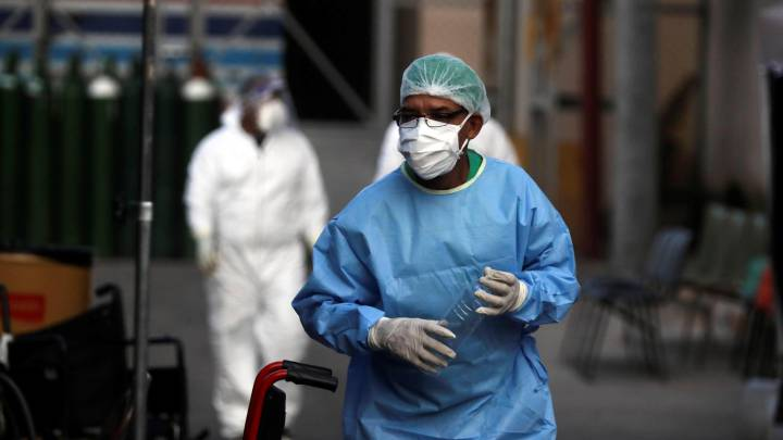 LIBRE exige que se cumpla la ley y se otorgue permanencia a médicos