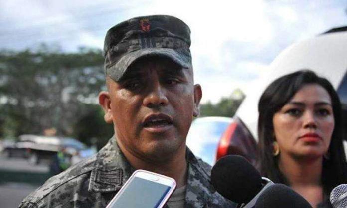 orden de captura excapitán Santos Orellana
