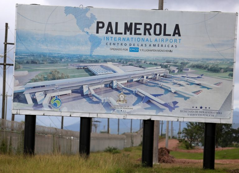 ABC: España condona $45 millones a Honduras para Palmerola y CNA señala corrupción