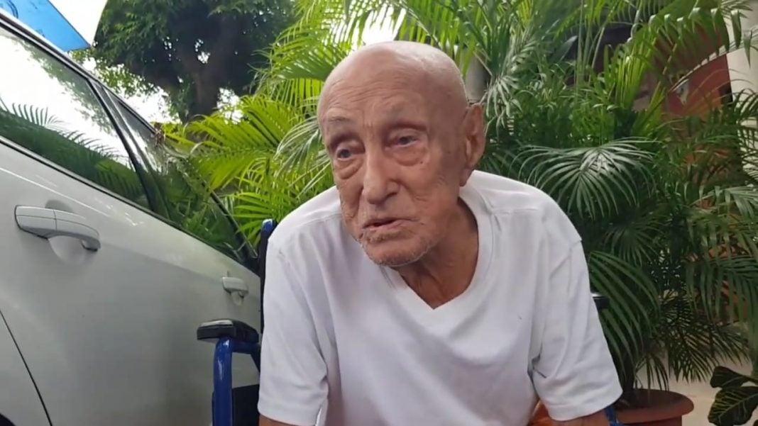 maestro de 105 años vence el covid-19