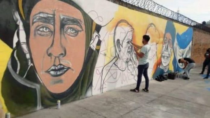mural homenaje a personal