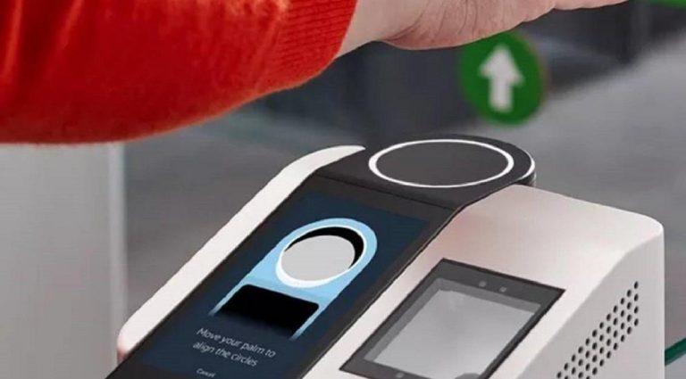 Amazon One: el sistema que permite pagar con la palma de la mano