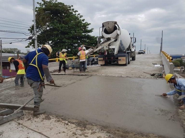 Avanza construcción del puente a desnivel en Segunda Calle y Avenida Juan Pablo II