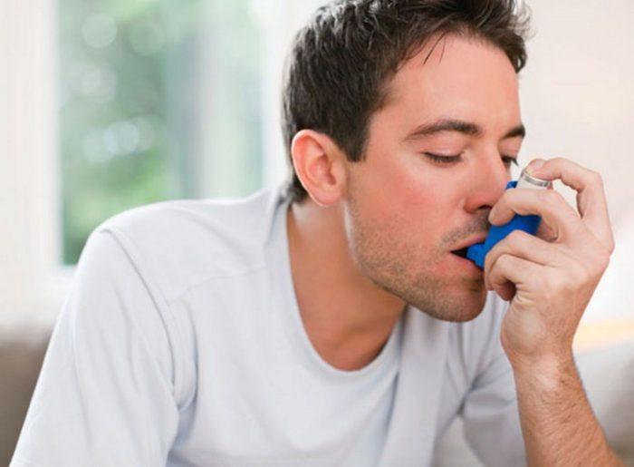 Cuidado con el humo y los alérgenos: Diez consejos para controlar el asma