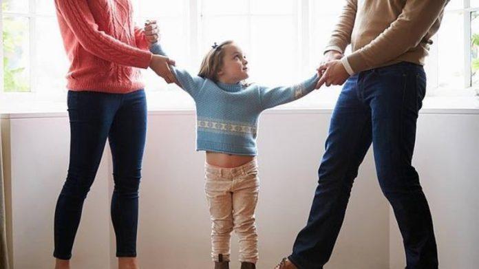cómo decirle a tus hijos que te divorciarás de su padre