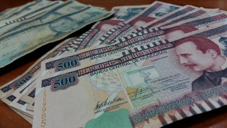 Economista: Caída en recaudación fiscal deja a Honduras un «panorama crítico»