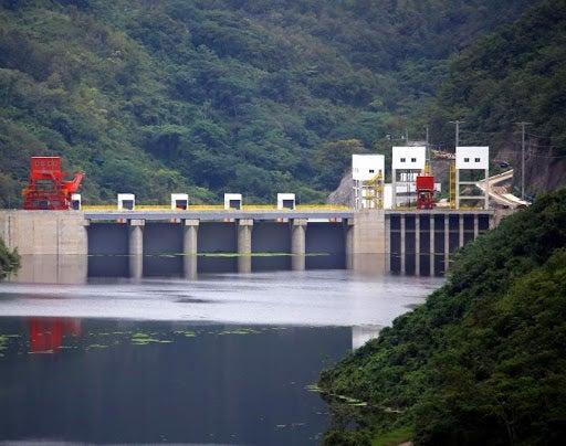 Tomas en Patuca III: no les llega el agua y están incomunicados