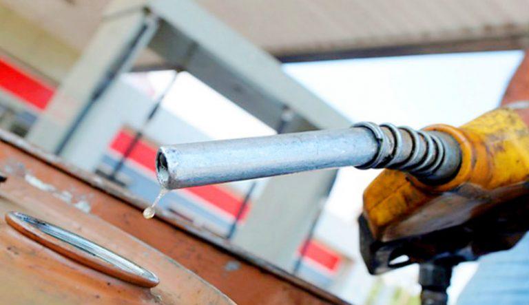 """Tercer """"bajón"""" al hilo en el precio de los combustibles en Honduras"""