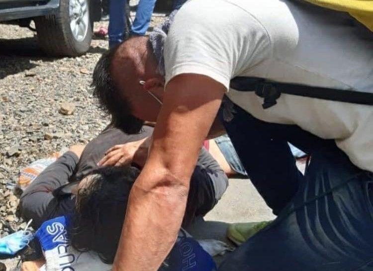 Hondureño que iba en caravana muere al caer de rastra en Guatemala