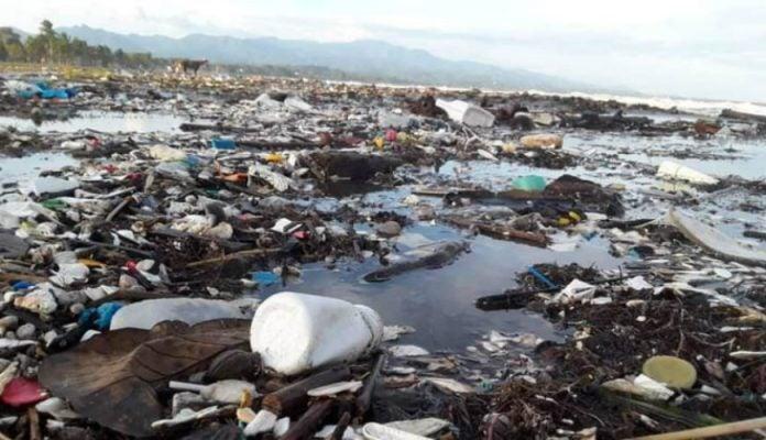 Basura en playas de Puerto Cortés