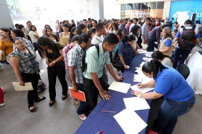 Economista: Tres millones de hondureños tendrán problemas de empleo