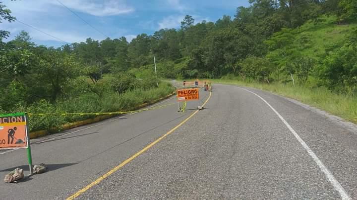 carretera hacia Santa Bárbara