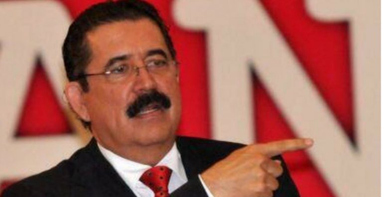 Maduro da bienvenida a Mel Zelaya; participará en prueba de vacuna rusa
