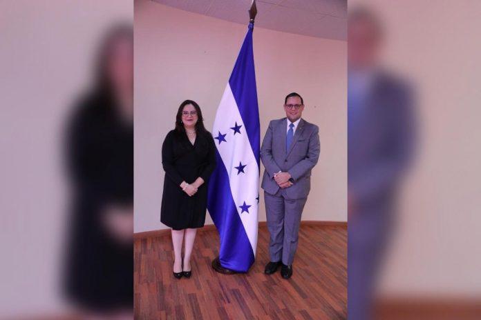 Karen Najarro nueva subsecretaria